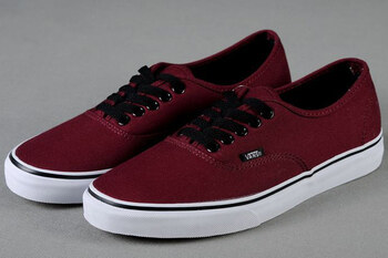 Уцененные  Vans Authentic Port Royale