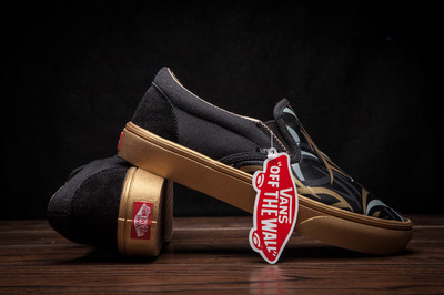 Vans Slip-On Gold Edition
