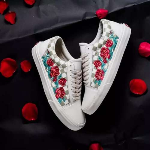 Vans Embroidery CD102